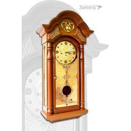Часы украшенные