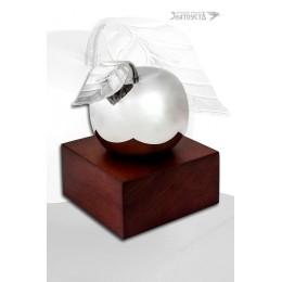 Серебряное яблоко.